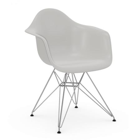 Vitra Eames Plastic Armchair ohne Polster  Drahtuntergestell glanzchrom / 01,  Weiss / 04,  Schwarzer Gleiter für Teppichböden