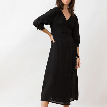 Wickelkleid aus Leinen von 'Jungle Folk' in Black