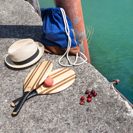 210618 Tremondi Quinten Ferien Hotel See Wasser Sommer Rothirsch Beach Ball Set