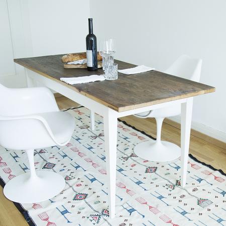 Tisch Unik Stilelemente
