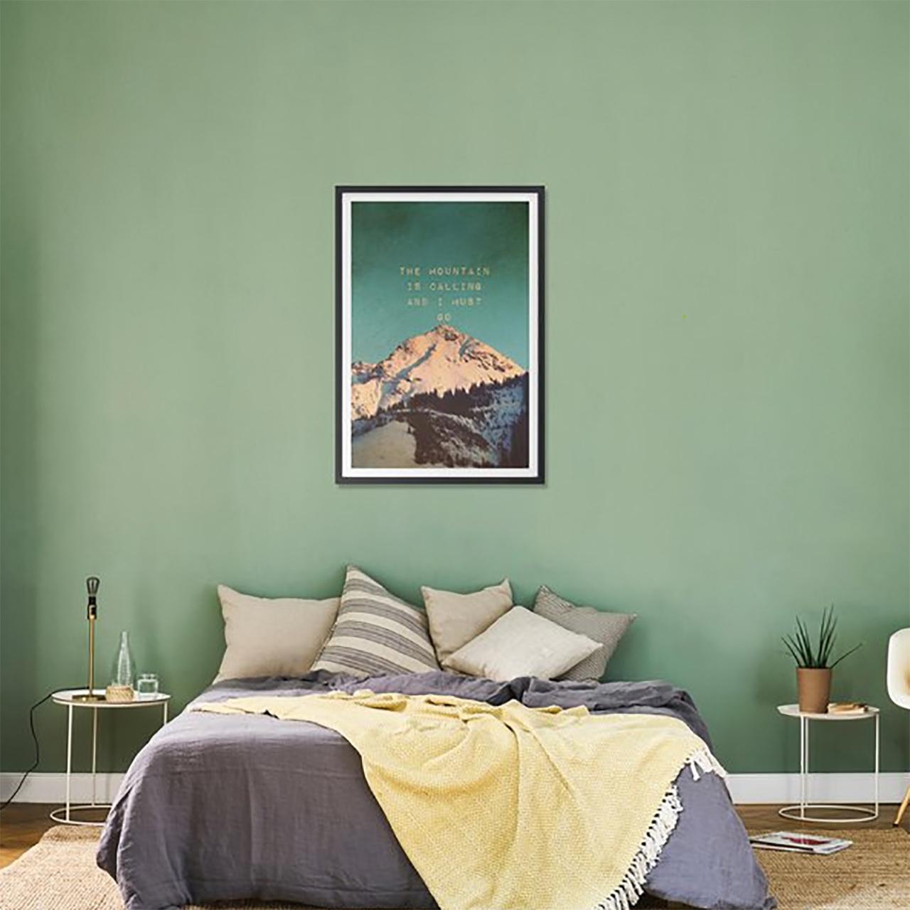 Mountain Is Calling – Bild mit Holzrahmen / 50 X 70
