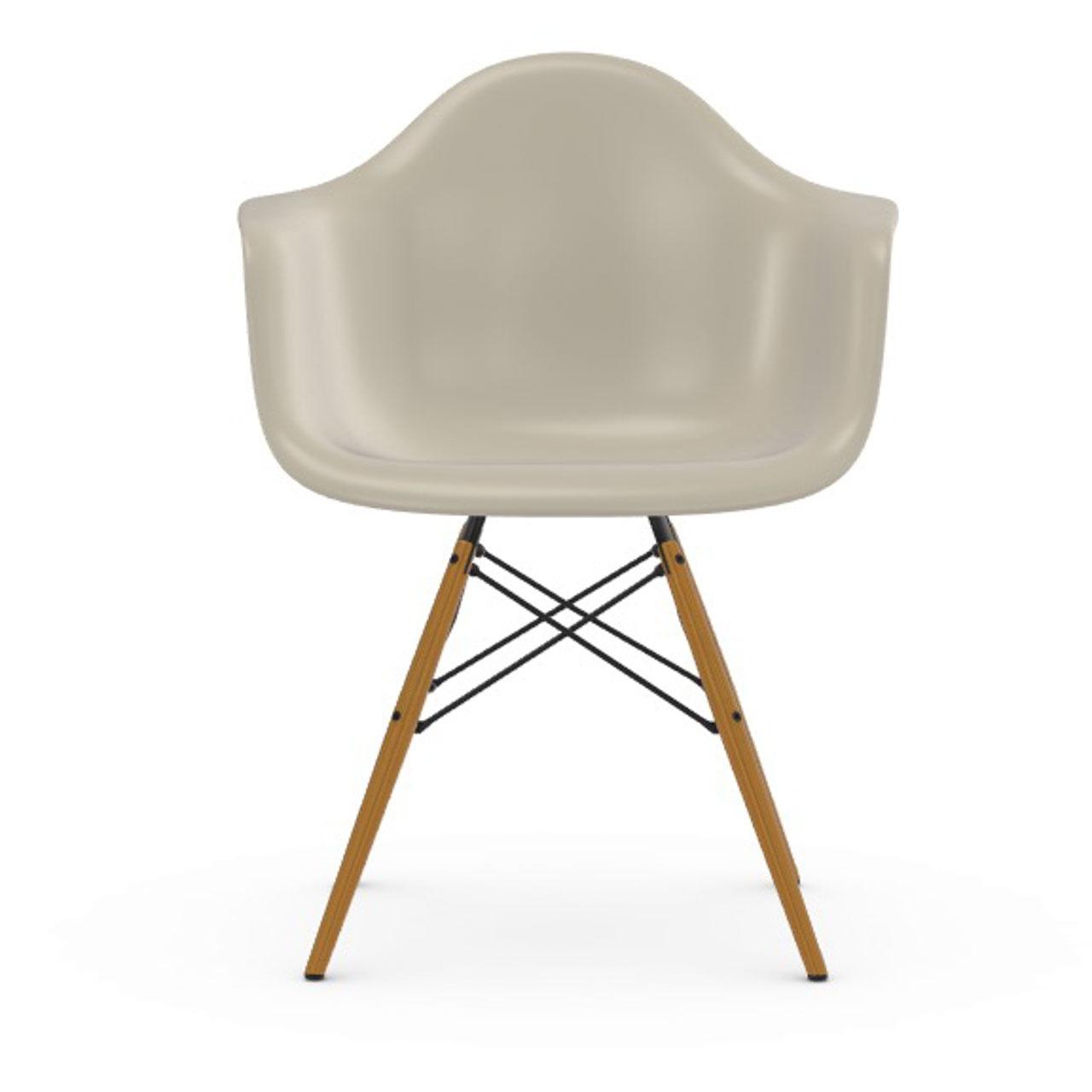 Vitra Eames Plastic Armchair DAW ohne Polster  Holzuntergestell Esche Honigfarben / 65,  Kieselstein / 11,  Schwarzer Gleiter für Hartböden
