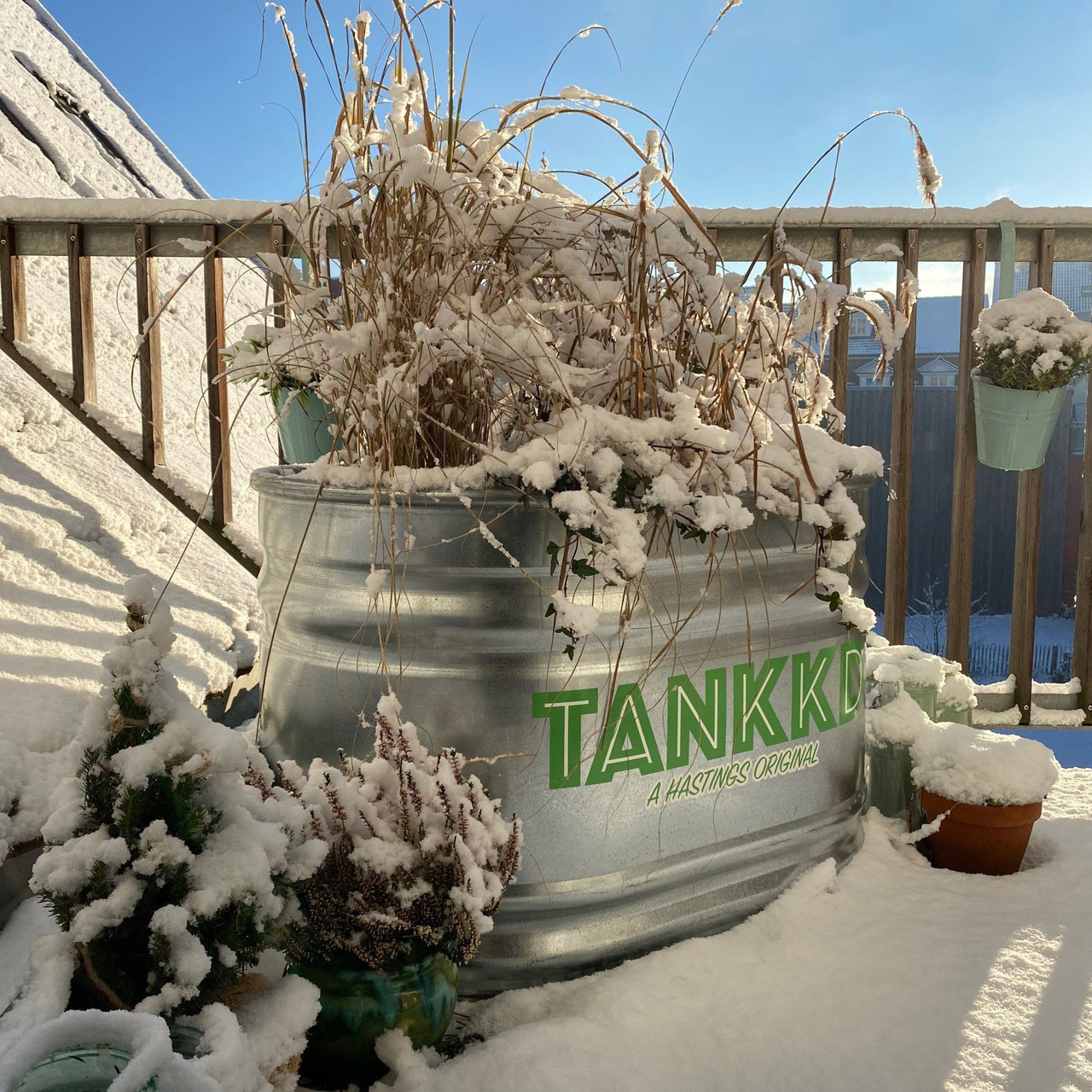 Ovaler Tank für Pflanzen, als Duschwanne oder Kinderplanschbecken