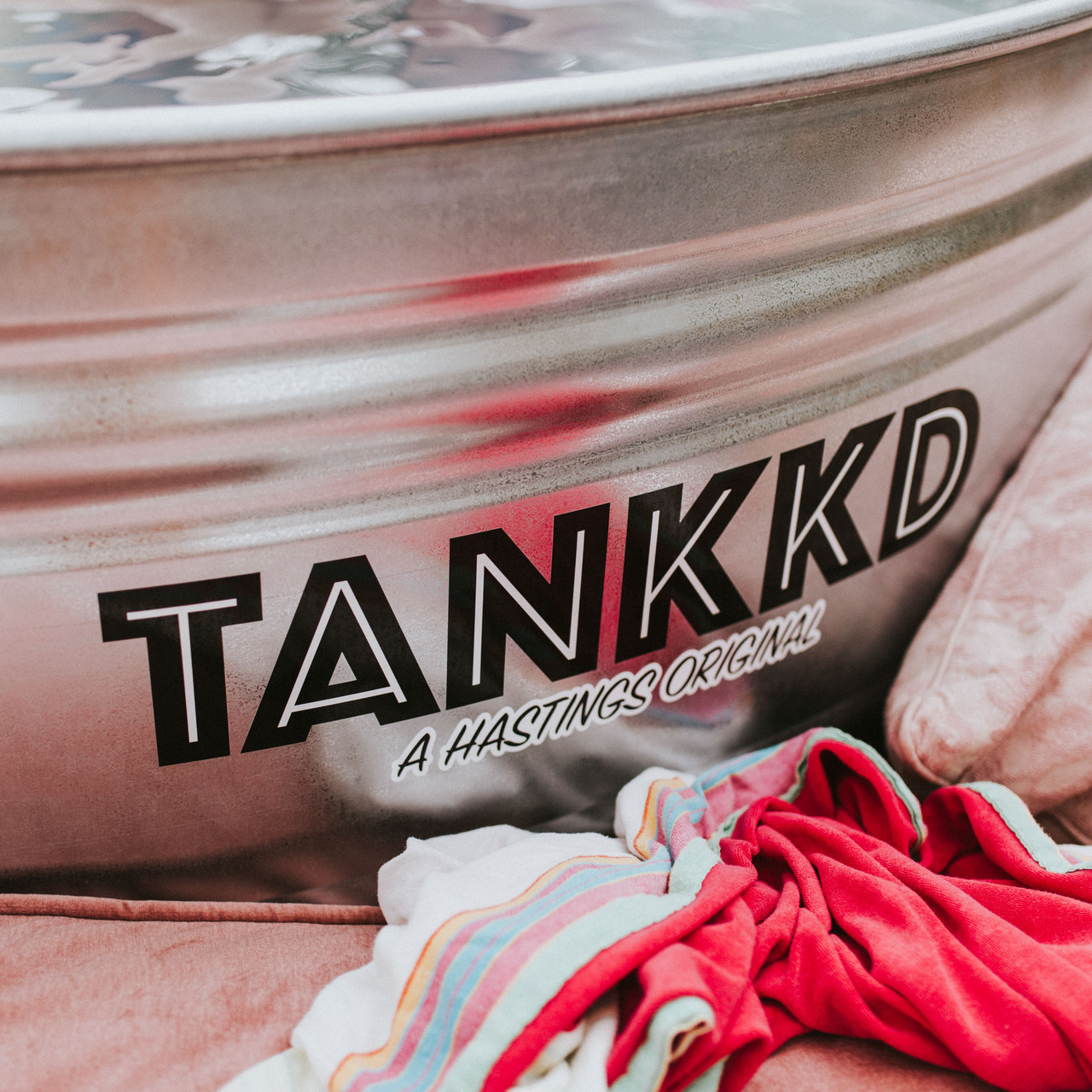 Runder Pool von 'Tankkd'