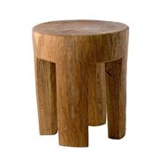 Einfacher Holzhocker