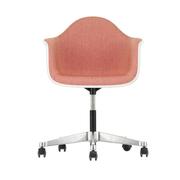 'Eames Plastic Armchair PACC' mit Vollpolster
