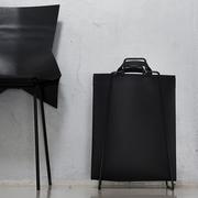 'Paperbagholder' mit Leder