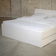 Viel Stauraum: Bett 'Lade'