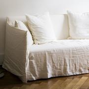 Sofa 'Ghost' mit Husse