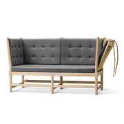 Sofa 'The Spoke-Back'
