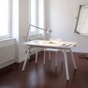 Büro- oder Esstisch 'Stand'