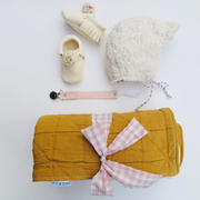 Süsses Geschenk-Set 'Gold' von Petit Mai
