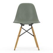 'Eames Fiberglass Side Chair DSW'