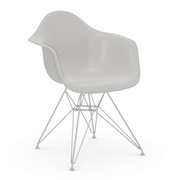 'Eames Plastic Armchair DAR'