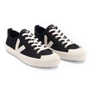 Leichter Sneaker Nova von 'Veja' in Schwarz