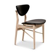 '108 Chair' in Leder