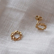 Runde Ohrringe mit Blättern von 'Yoshiki'