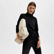Wollshirt von 'Selected Femme' in Amphora oder Black