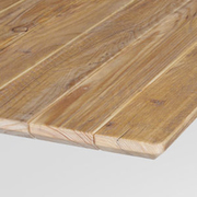 Quadratischer Outdoor-Tisch '6Grad' mit Bauholz